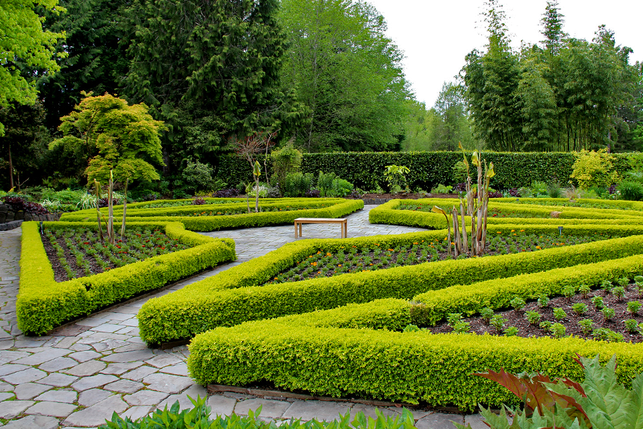Hersonswood Garden photo by Richard Probst